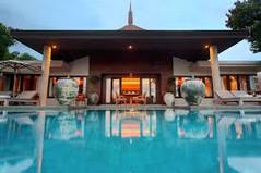 世界有数のリゾート地として知られるタイ・プーケット島のイチオシのリゾートホテル「トリサラ」の情報ページです。トリサラの設備やサービスからアクセスのコツ、周辺の観光のポイント、地図、ハイライト動画まで幅広くご案内しています。詳細はこちらからご覧ください。