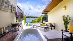ココナッツ・アイランドの愛称で知られるタイ・サムイ島のイチオシのリゾートホテル「ザ・トンサイ・ベイ」の情報ページです。ザ・トンサイ・ベイの設備やサービスからアクセスのコツ、周辺の観光のポイント、地図、ハイライト動画まで幅広くご案内しています。詳細はこちらからご覧ください。