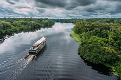 「アリア・アマゾン号」でペルーの秘境アマゾン川流域の大自然を肌で感じるアマゾン川クルーズ旅行の情報ページです。客船情報からスケジュールの詳細、寄港地、地図、ハイライト動画まで幅広くご案内しています。詳細はこちらからご覧ください。