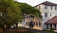 古き佳き海のシルクロードの港町として知られる世界遺産都市スリランカ・ゴールのイチオシのリゾートホテル「アマンガラ」の情報ページです。アマンガラの設備やサービスからアクセスのコツ、周辺の観光のポイント、地図、ハイライト動画まで幅広くご案内しています。詳細はこちらからご覧ください。