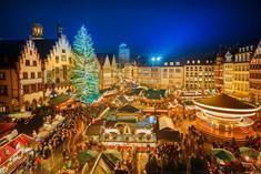 一年を締めくくるヨーロッパ各地の一大イベント「クリスマスマーケット」の情報ページです。クリスマスマーケットの見どころ、日程、楽しみ方、合わせて立ち寄りたい名所など観光のポイントから地図、ハイライト動画まで幅広くご案内しています。詳細はこちらからご覧ください。