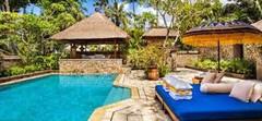 空港、ビーチ、ショッピングモールのすべてが近いインドネシア・バリ島スミニャック地区のイチオシのリゾートホテル「ジ・オベロイ」の情報ページです。ジ・オベロイの設備やサービスからアクセスのコツ、周辺の観光のポイント、地図、ハイライト動画まで幅広くご案内しています。詳細はこちらからご覧ください。