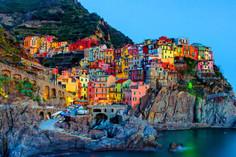 イタリア、マルタ、スペイン、フランスの西地中海4ケ国を最新の客船「MSCベリッシマ号」で巡る西地中海クルーズ旅行の情報ページです。客船情報からスケジュールの詳細、寄港地、地図、ハイライト動画まで幅広くご案内しています。詳細はこちらからご覧ください。