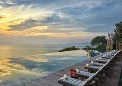 ココナッツ・アイランドの愛称で知られるタイ・サムイ島のイチオシのリゾートホテル「シックスセンシズ・サムイ」の情報ページです。シックスセンシズ・サムイの設備やサービスからアクセスのコツ、周辺の観光のポイント、地図、ハイライト動画まで幅広くご案内しています。詳細はこちらからご覧ください。