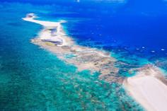 世界でも有数のサンゴの島として知られる沖縄県・久米島のイチオシの人気スポット「はての浜」の情報ページです。はての浜の見どころ、ベストシーズン、アクセスのコツ、合わせて立ち寄りたい名所など観光のポイントから地図、ハイライト動画まで幅広くご案内しています。詳細はこちらからご覧ください。