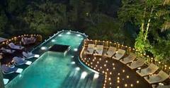 バリ島観光のハイライト「ウブド王宮」があるインドネシア・バリ島ウブド地区のイチオシのリゾートホテル「ハンギング ガーデンズ オブ バリ」の情報ページです。ハンギング ガーデンズ オブ バリの設備やサービスからアクセスのコツ、周辺の観光のポイント、地図、ハイライト動画まで幅広くご案内しています。詳細はこちらからご覧ください。