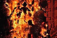 スペイン3大祭りのひとつとして知られるスペイン・バレンシア地方のイチオシのお祭り「サン・ホセの火祭り」の情報ページです。サン・ホセの火祭りの見どころ、日程、楽しみ方、合わせて立ち寄りたい名所など観光のポイントから地図、ハイライト動画まで幅広くご案内しています。詳細はこちらからご覧ください。