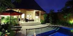 空港、ビーチ、ショッピングモールのすべてが近いインドネシア・バリ島スミニャック地区のイチオシのリゾートホテル「ザ・クンジャ」の情報ページです。ザ・クンジャの設備やサービスからアクセスのコツ、周辺の観光のポイント、地図、ハイライト動画まで幅広くご案内しています。詳細はこちらからご覧ください。