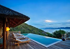 ベトナム随一のビーチリゾートとして知られるベトナム・ニャチャンのイチオシのリゾートホテル「シックスセンシズ・ハイダウェイ・ニンバン・ベイ」の情報ページです。シックスセンシズ・ハイダウェイ・ニンバン・ベイの設備やサービスからアクセスのコツ、周辺の観光のポイント、地図、ハイライト動画まで幅広くご案内しています。詳細はこちらからご覧ください。