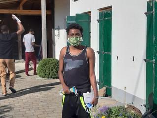 Helferkreis Isen und Münchner Aidshilfe erhalten Masken