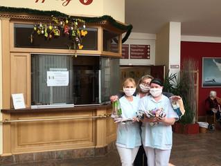Spende Masken für  Senioren-Zentren in Erding und das Münchner Förderzentrum in Freimann und Giesing