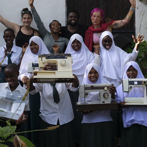 Nähmaschinen für Frauen und Mädchen in Tansania