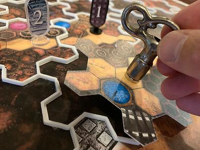 Magnetic Handle Turns Maze Tile