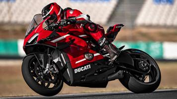 Ducati topper laget med Superleggera V4