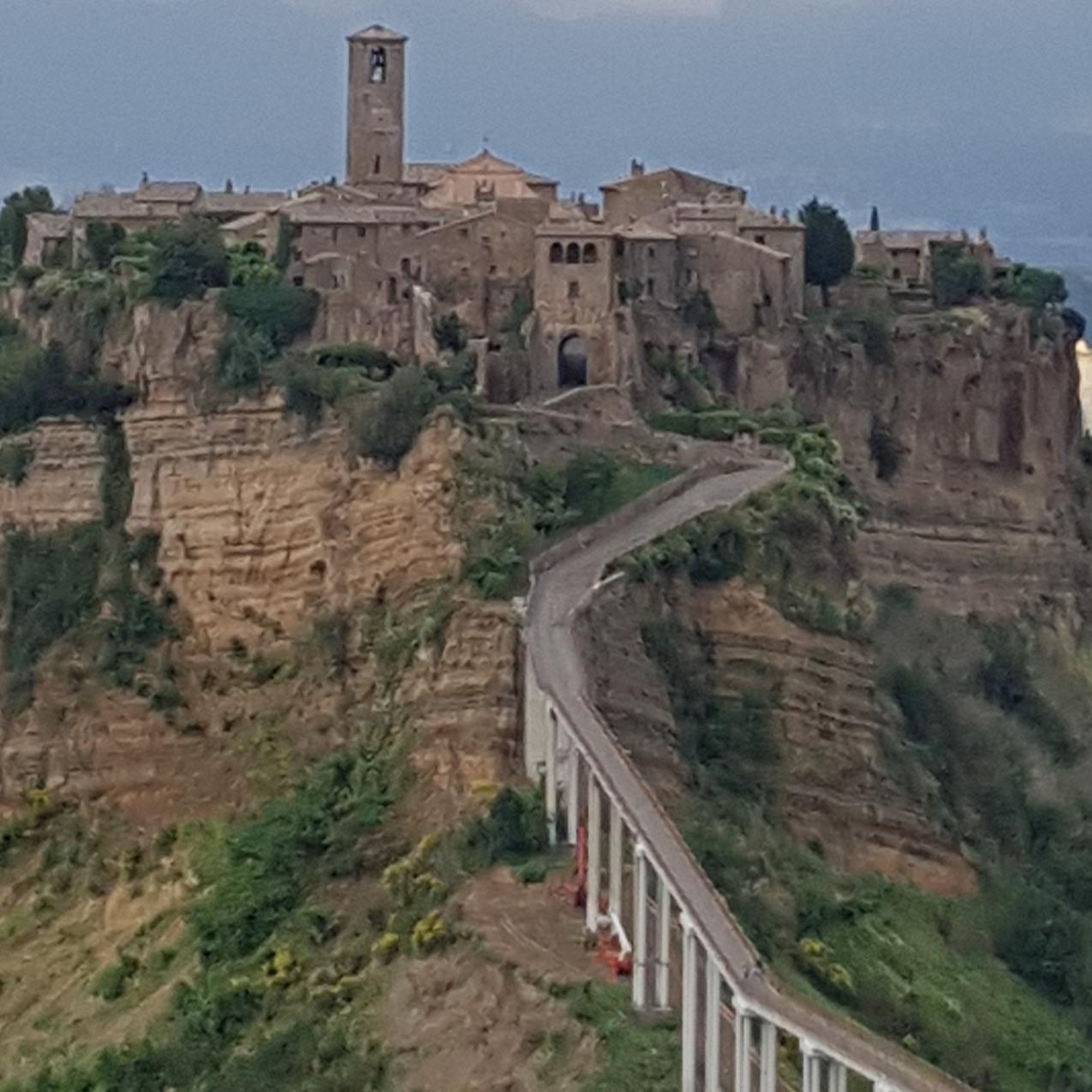 Civita er et mirakel av en by – bygget ene og alene for å være uinntagelig for uvenner.