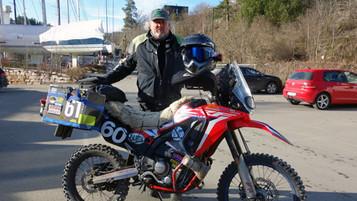 Hvorfor digger du din egen motorsykkel? Terje Rennemo og Honda CRF250