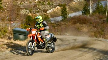 Test av KTM 690 Enduro R 2021 – Den oransje krutt-tønna