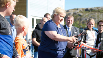 Statsminister Erna Solberg åpnet Motorcenter Norway i Sokndal
