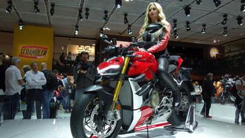 Førsteinntrykk av Ducati Streetfighter V4 og V4 S