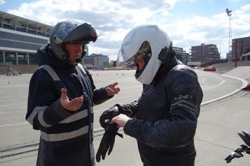 Lars og veien til førerkortet – Gjennombruddet på kjørebanen