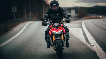 Vi har testet Ducati Streetfighter