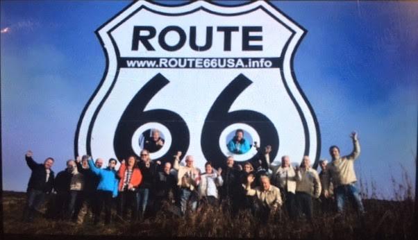 Verdens største Route 66-skilt! Det er 6,66 meter høyt og står på 1066 moh. ved Storefjell hotell.