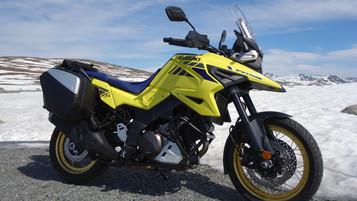 Suzuki V-Strom 1050 – setter spor ett år og fem måneder etter presselansering