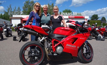 Ducati-dag hos Løvaas Motor