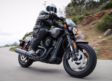 Street Rod – et friskt pust fra Harley