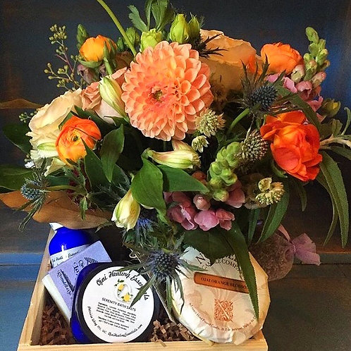 Ojai Blooms Lavender Gift Box - Locally sourced products