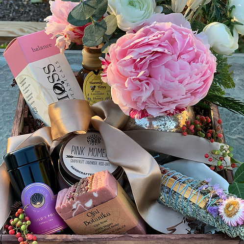 Pink Moment Box - Locally sourced products