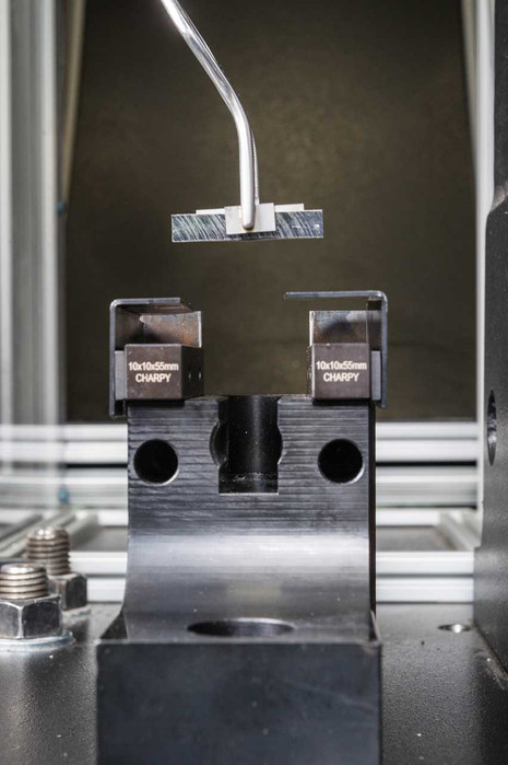 FORMARIS-fotografie-Steel-Test-Lab-05.jp