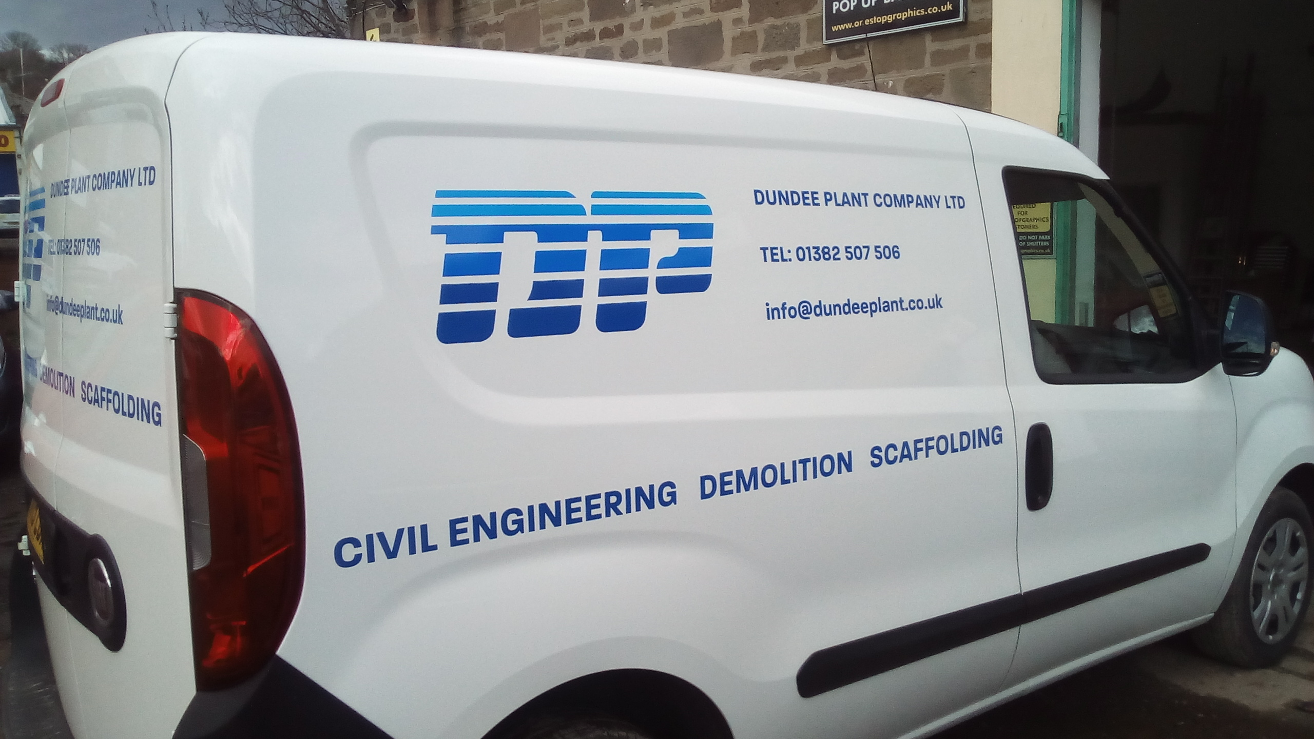 Dundee Plant Van