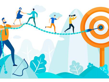 """Adiós a las evaluaciones anuales: ¿Por qué las empresas líderes eligen """"agilizar"""" el desempeño?"""