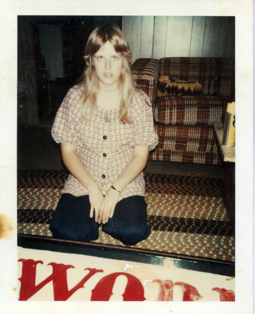 Jan Sept 1977 5 months pregnant