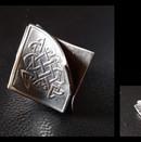 Sulie Girardi 3sided bead 1.jpg