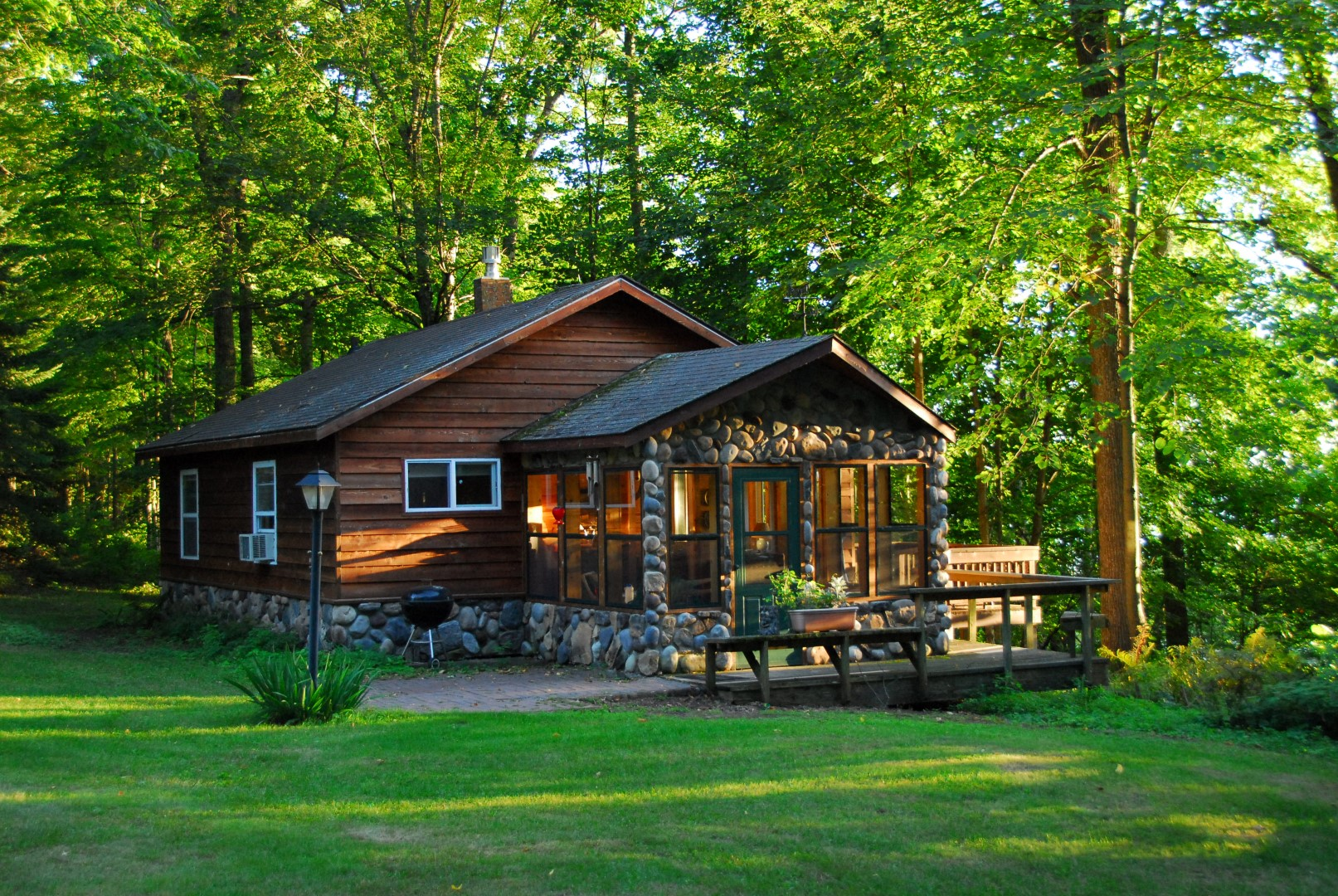 2010-08-26 Cabin number 3 in evening sun (9) (Large) - Copy