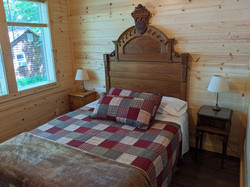 Queen bed in north BR