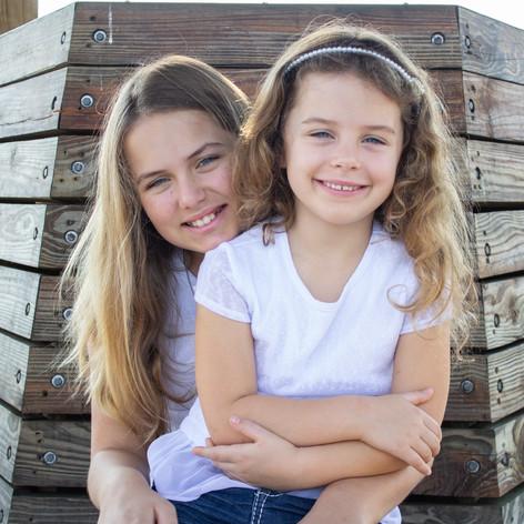 Sisters | Orlando Family Portraits | Sunshine Photography