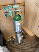 Oxygen tank with rolling cart $100
