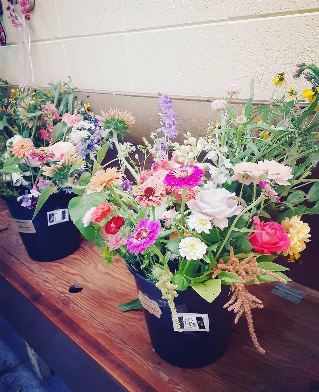 Fresh-Flower Bucket Delivery Lafayette, Louisiana