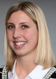 Jennifer Niedzwiecki '12 VSB