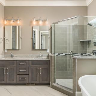 Magnolia One Bathroom