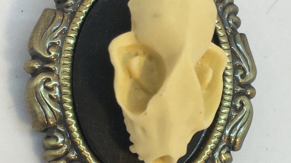 Mini Bat Skull Cameo (brass setting)