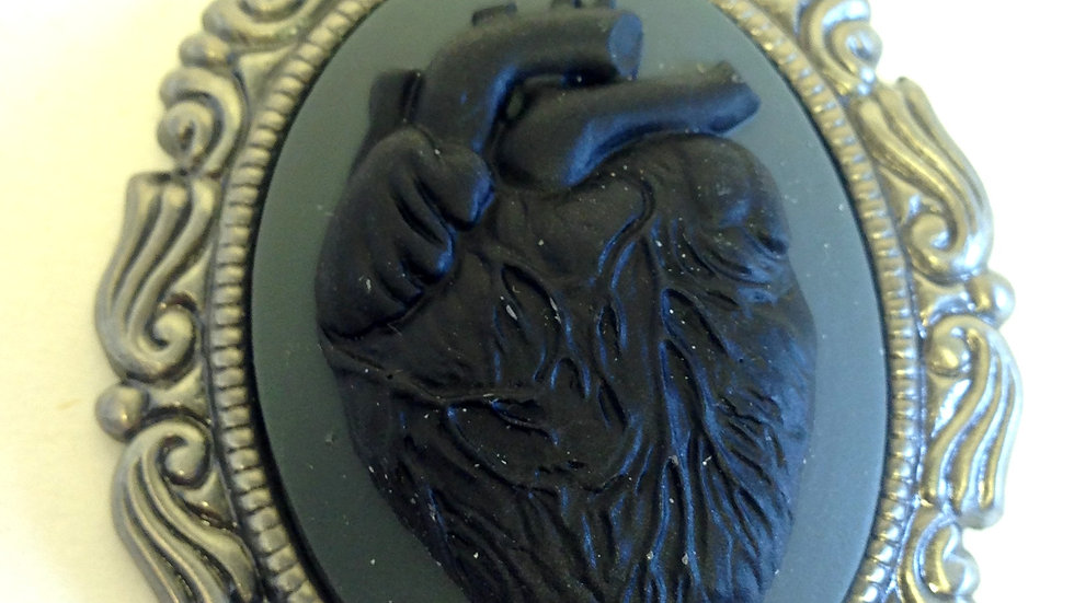 Black Anatomical Heart on Grey Cameo