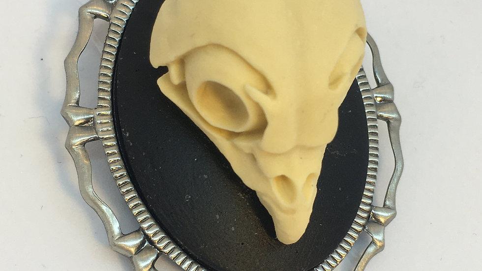 Owl Skull Cameo (silver setting)