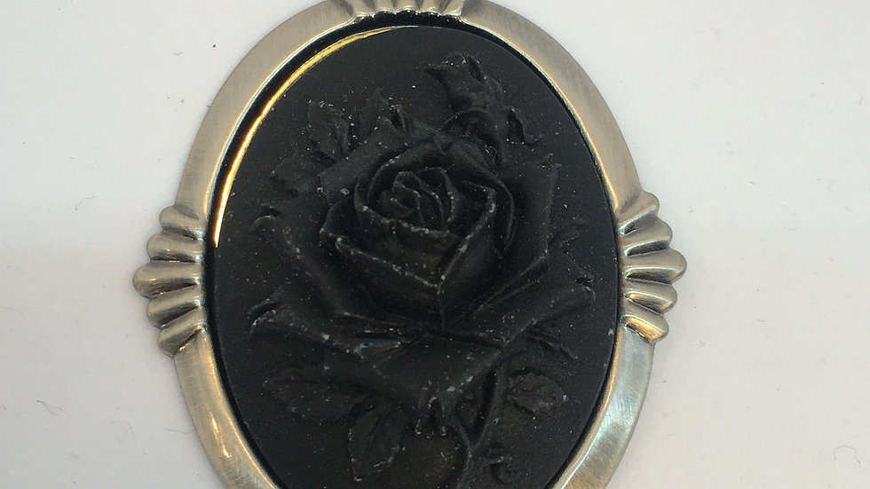 Black Rose Cameo