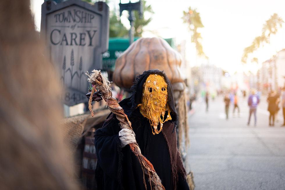 Personal Project | Halloween Horror Nights creative theme park photography_7513-Edit-Final.jpg