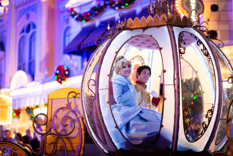 Personal Project | Mickey's Very Merry Christmas Party creative theme park photography