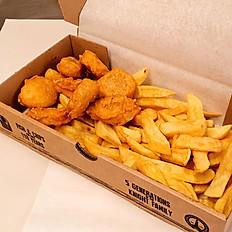 8 Chicken Nuggets & Chips